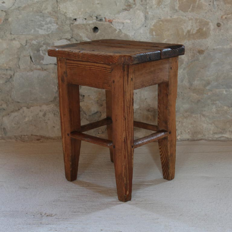 Werkstatthocker aus Holz